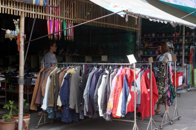 pauper_to_princess_Chiang_mai_thrifting_thailand_second_hand_8