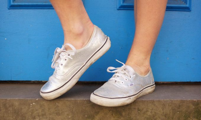 pauper_to_princess_summer_thrifted_ootd_silver_vans