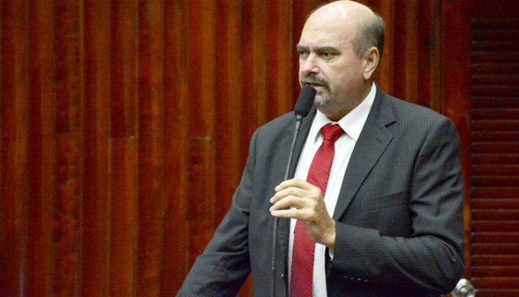 Deputado quer que Governo isente agricultores de pagarem IPVA atrasado