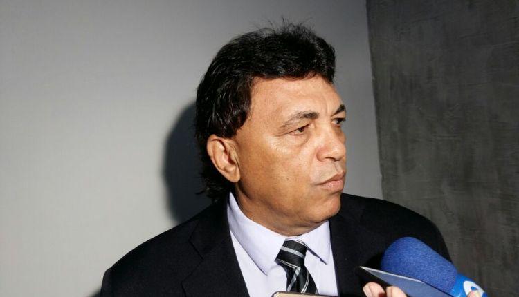 OUÇA: vereador emedebista volta a criticar Maranhão e afirma votar em senador do PSC