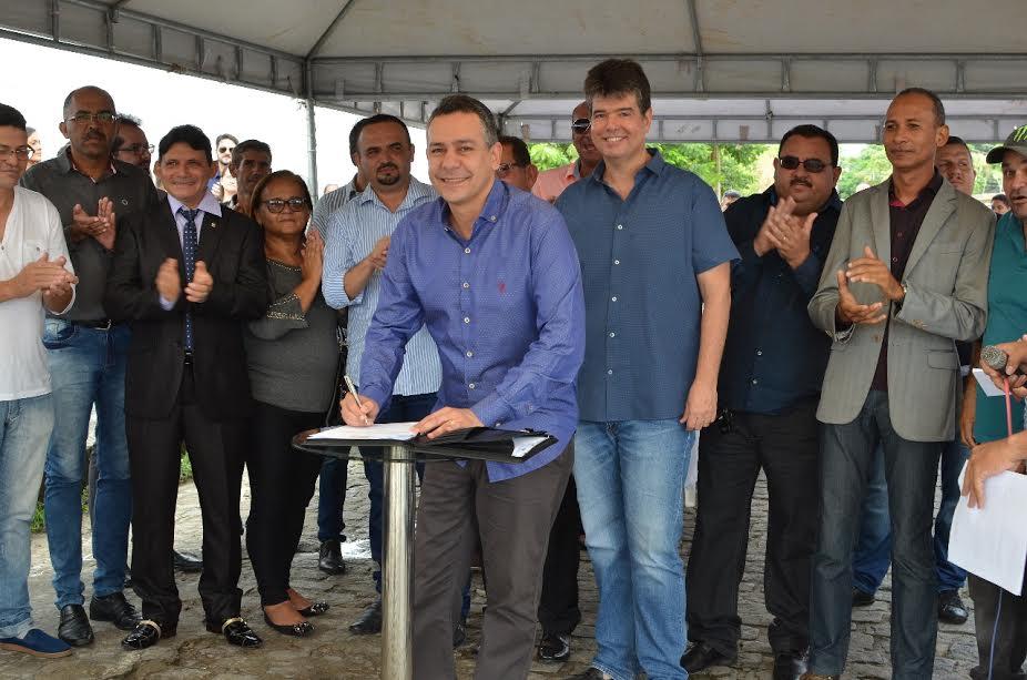 Santa Rita inicia novas obras de pavimentação para melhorar infraestrutura