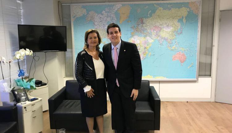 André Amaral se reúne com nova presidente da Embratur em busca visibilidade da PB no exterior