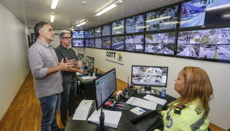 Cartaxo visita Centro Operacional da Semob e destaca trabalho realizado durante a greve