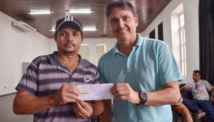 PMJP entrega R$ 385 mil e garante apoio financeiro para as quadrilhas juninas