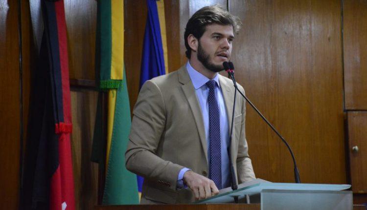 Bruno cobra convocação de concursados e afirma que déficit da Polícia Militar é de 50%