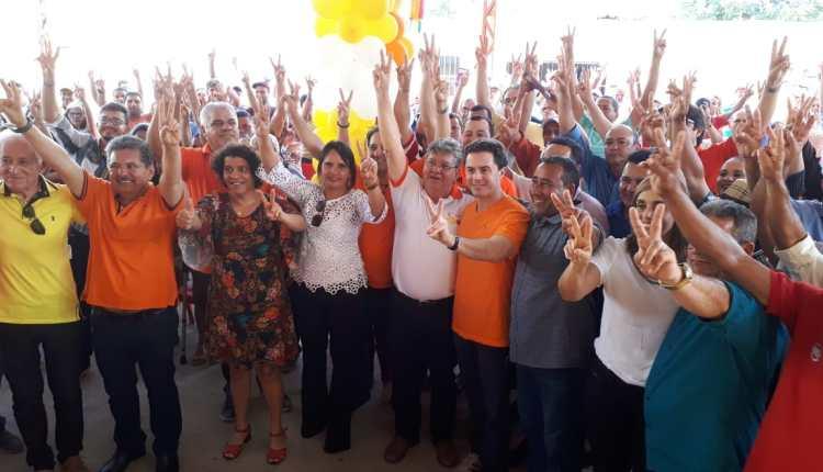 Veneziano e Azevêdo participam de Encontro Regional do PSB em Aroeiras