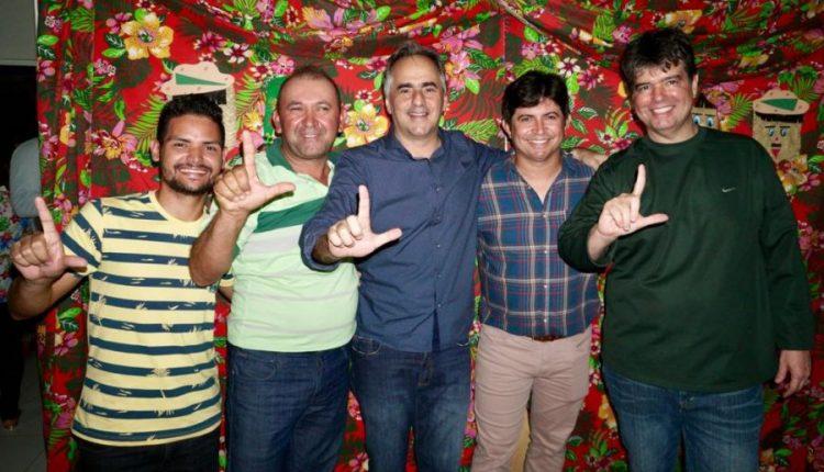 Em Lagoa de Dentro, Lucélio defende união com os municípios