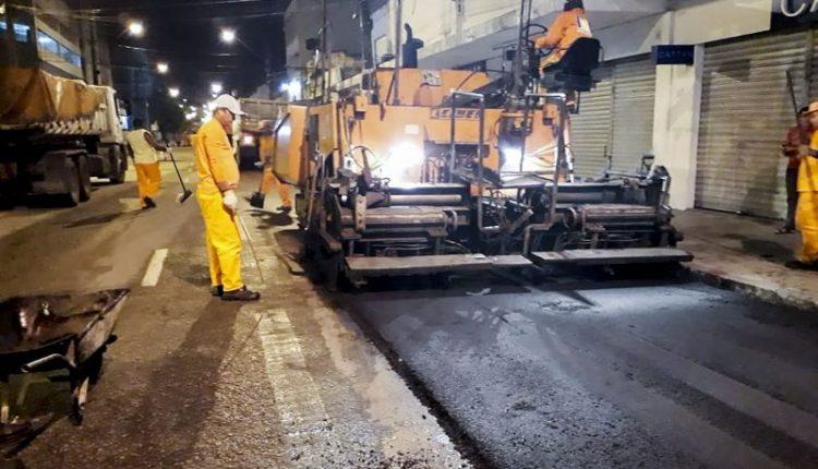 Prefeitura realiza obras de recapeamento no Centro da Capital
