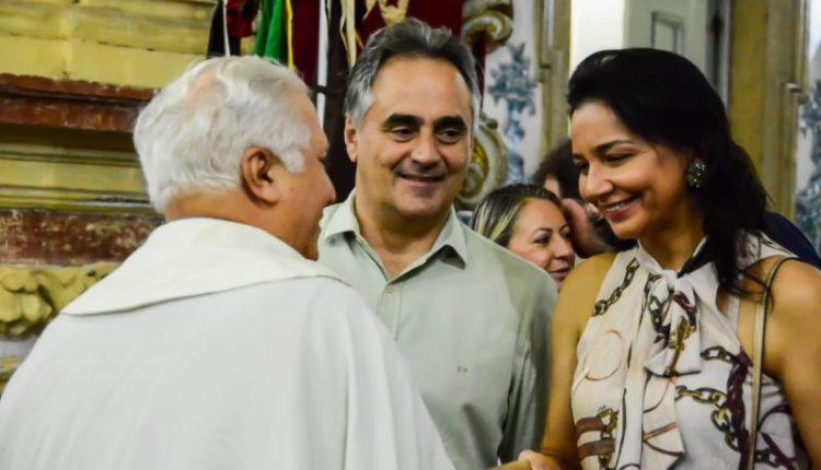 Prefeito e primeira-dama da Capital participam de primeira noite do novenário de Nossa Senhora do Carmo