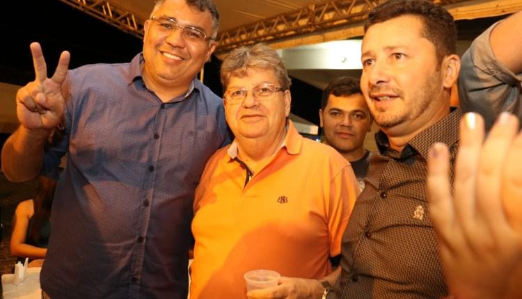 Prefeito de Prata reafirma apoio à pré-candidatura de João Azevêdo ao governo