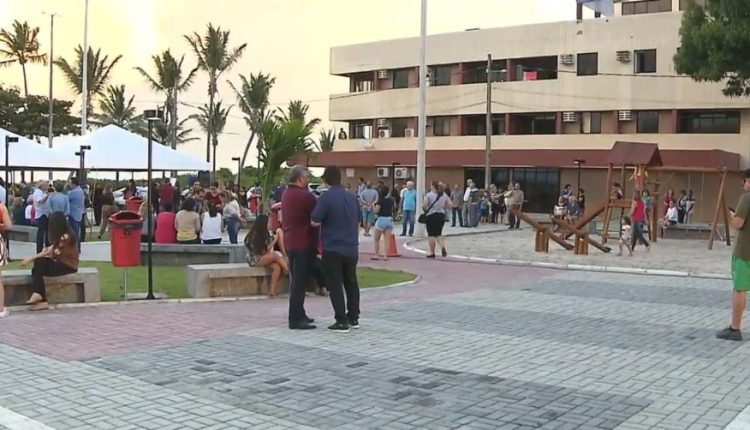 Praça é entregue em Cabedelo em homenagem a Nelma Figueiredo