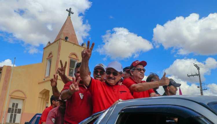 Zé Maranhão promove grande caravana de Patos a Taperoá