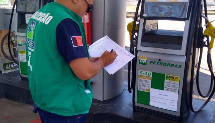 Procon de Campina Grande conclui operação com 33 postos de combustíveis autuados