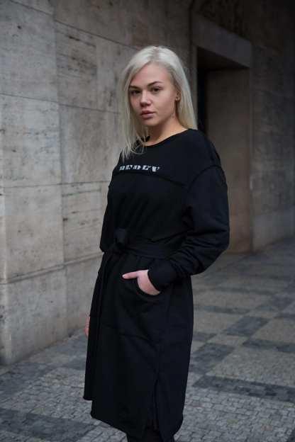 Černé bavlněné mikinové šaty s dlouhým rukávem, Pavel Berky