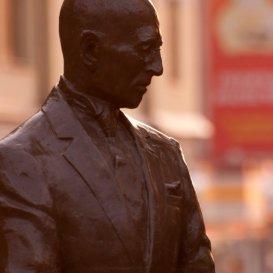 Памятник Кисе Воробьянинову
