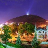 Пятигорский Цветник ночью