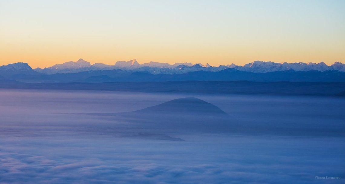 Юца и Кавказский хребет
