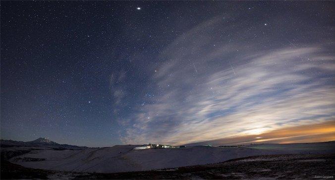 Метеоры на плато Шаджатмаз