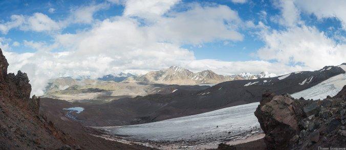 Ледник Микельчиран и гора Балыксубаши, панорама северо-восточного склона Эльбруса