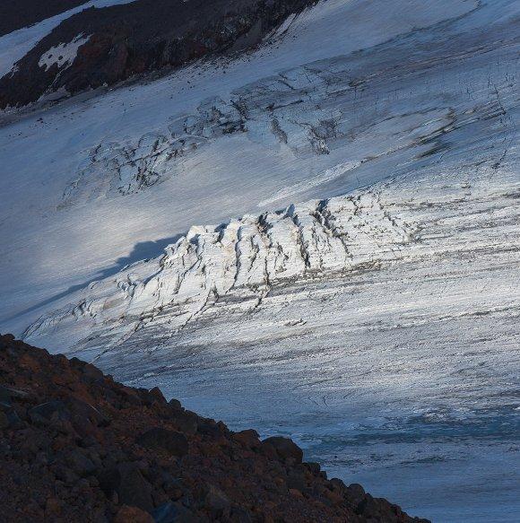 Ледник на северо-восточном склоне Эльбруса