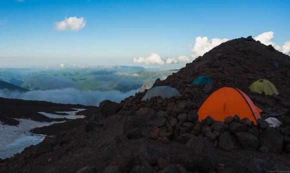 Штурмовой лагерь и плато Канжал