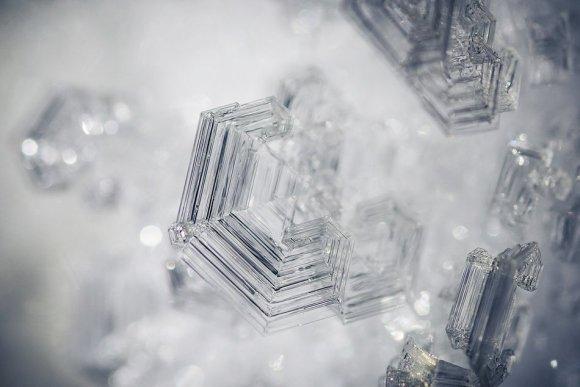 Кристалл льда