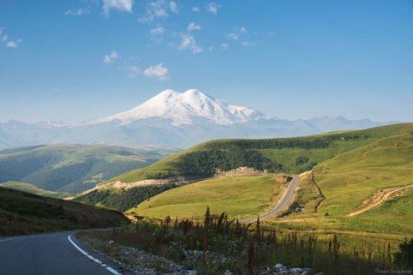 Обои с видами Кавказа - нажмите на изображение, чтобы открыть его в большом размере