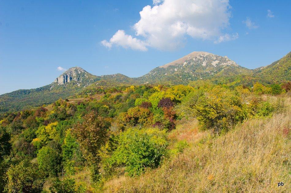 Бештау осенью - октябрьское фото