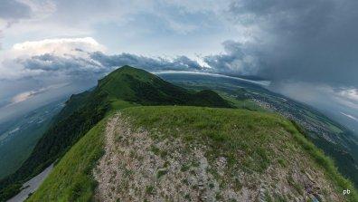 Панорамный вид на Большой Тау