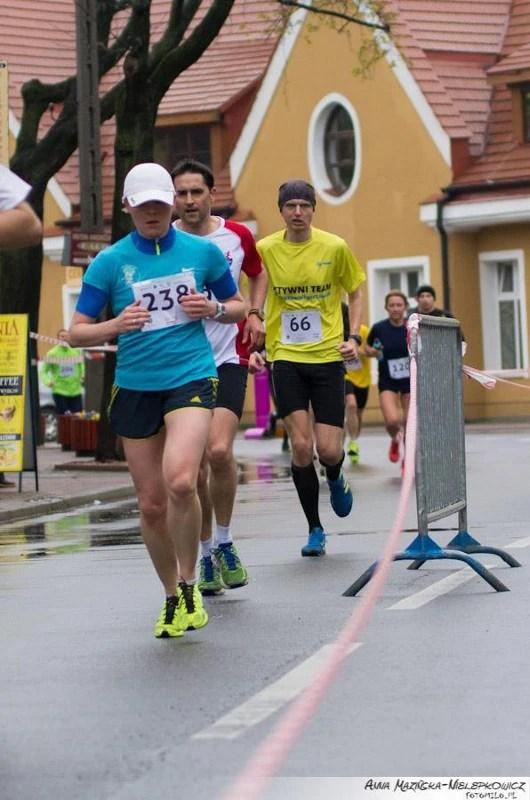 Bieg STO-nogi w Milanówku - na trasie
