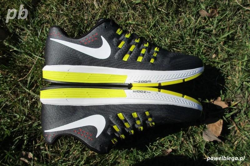 Nike Zoom Vomero 11 - bokiem