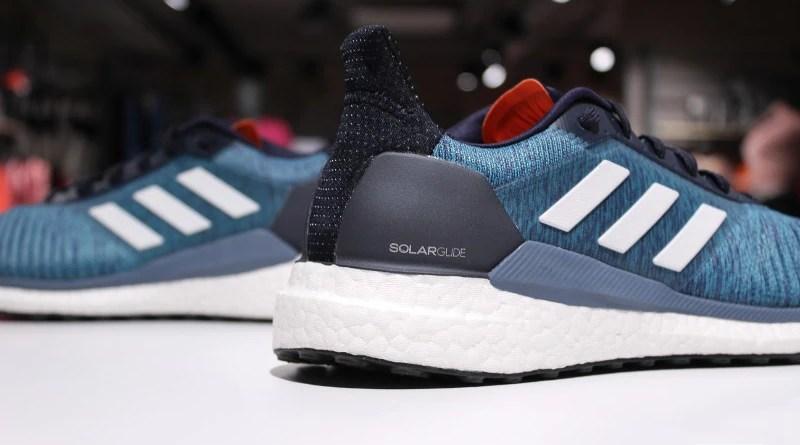 Adidas SolarGlide - zapiętek