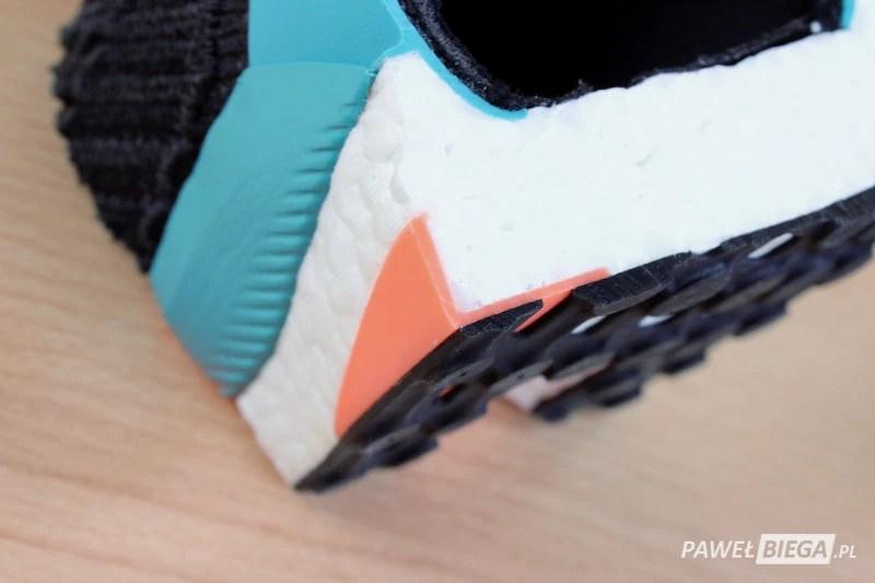Adidas SolarBoost - mostek stabilizacyjny