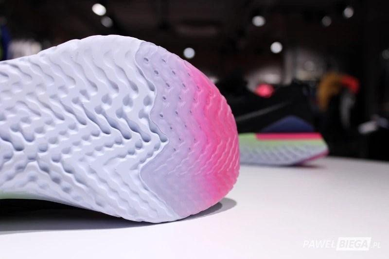 Nike Epic React 2 - bieżnik