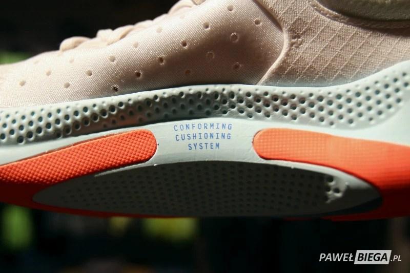 Nike Joyride - conforming cushioning system