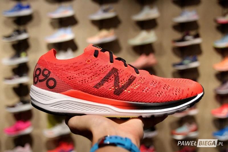 New Balance 890 v7