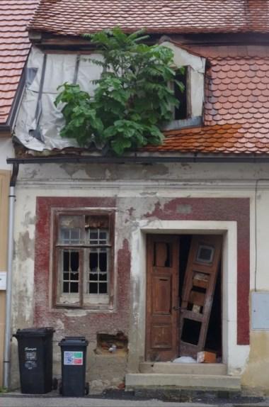 drugie oblicze mariboru, rudera w centrum miasta, słowenia