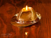 Lampa oliwna, kapelusz Corleone.