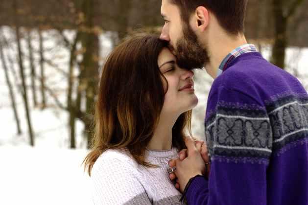 adults affection embrace feelings