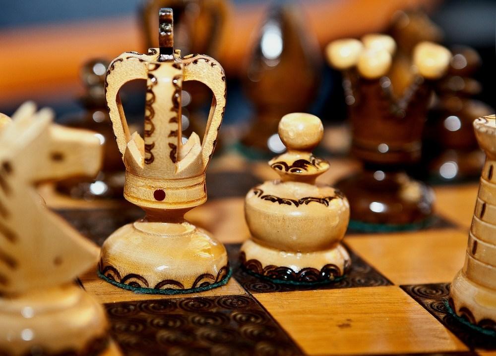 chess, wooden chess, chess rzeżbione