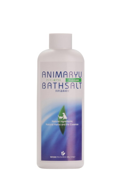 日本 Animaryu Bathsalt 別府天然温泉 Spa (獸天然溫泉成分是主要成分,可保持皮膚和外套健康美麗。 它是一種健康的沐浴劑,受到獸醫和愛犬者的廣泛評價,因為它是一種安全無害的天然成分,不含任何對人體/寵物有害的化學成分。醫好評)