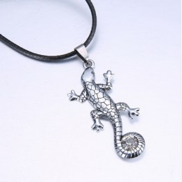 Gecko Necklace 1