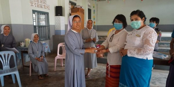 Nuns helping people with healthcare during the pandemic.