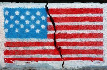 americaincrisis