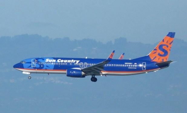 Header Image Sun Country 737 By Bill Larkins Via Flickr Cc Sa
