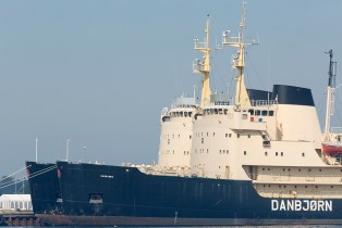 Danish_Icebreakers_laid-up_at_Hals_003