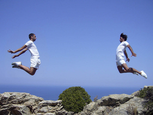 Multimedia and calisthenics performers in the wild of Ikaria. Photos!