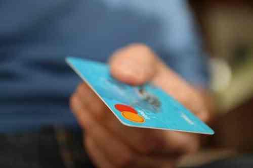 Bargeldloses Zahlen - eine nicht mehr wegzudenkende Innovation. Das Barzahlen hat ausgedient