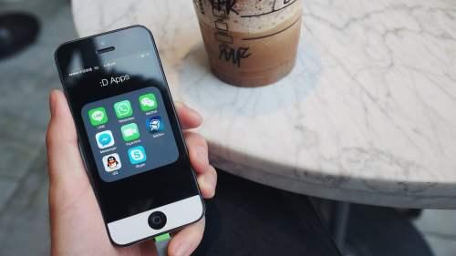 Facebook, Snapcash – zahlen wir unsere Rechnungen bald im Chat?