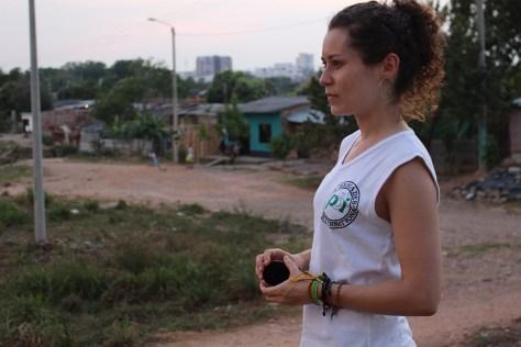 Silvia en la Comuna 3 de Barrancabermeja, marzo 2017